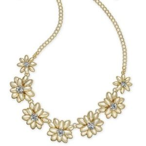 NWT charter club gold tone flower necklace